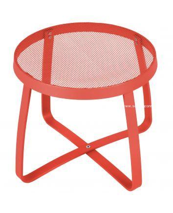 Maze Lounge End Table